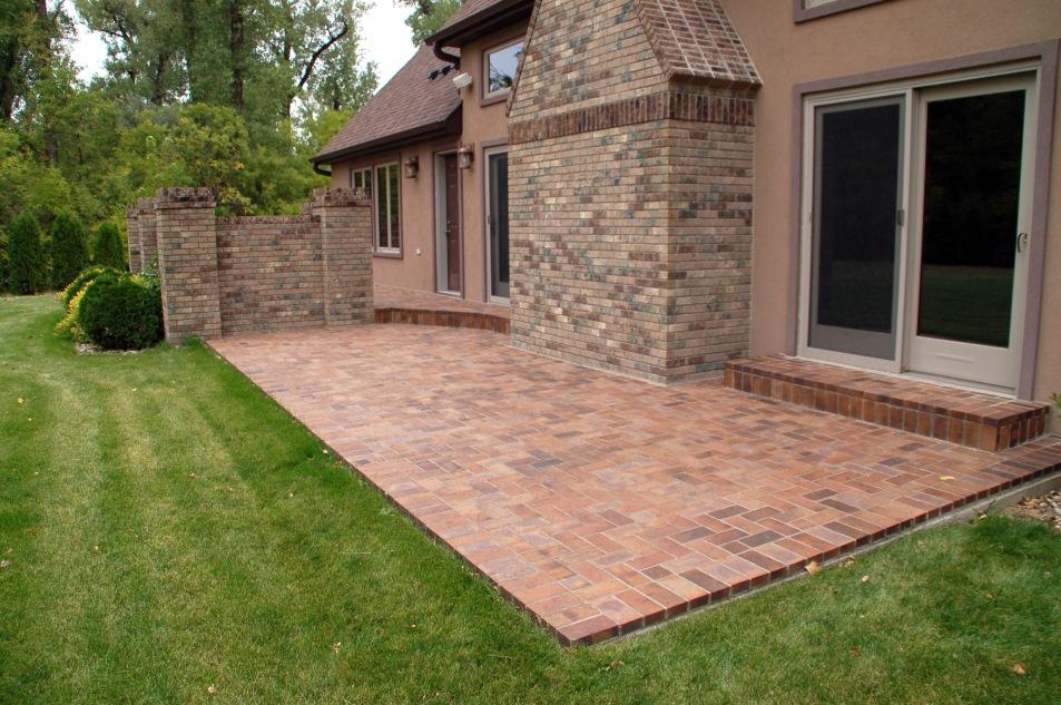 Fieldstone Estate Home brick patio and hearth in Bismarck